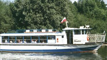 Loď Baťa na Moravě